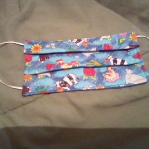 Reuseable surgical mask.  Buy 1 & I donate 1